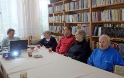 """Więcej o: Kolejna """"Herbatka dla Babci i Dziadka"""" w bibliotece"""