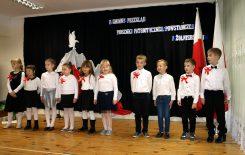 Więcej o: Śpiewajmy dla Niepodległej w 100 rocznicę odzyskania przez Polskę niepodległości