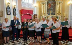"""Więcej o: Klub """"Senior+"""" na uroczystości patriotycznej w Oleksowie"""