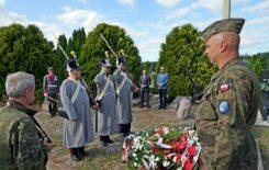 Więcej o: Uczczono 190 rocznicę Bitwy pod Gniewoszowem